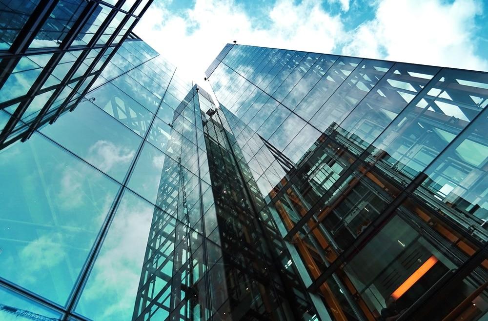 benefícios do vidro autolimpante