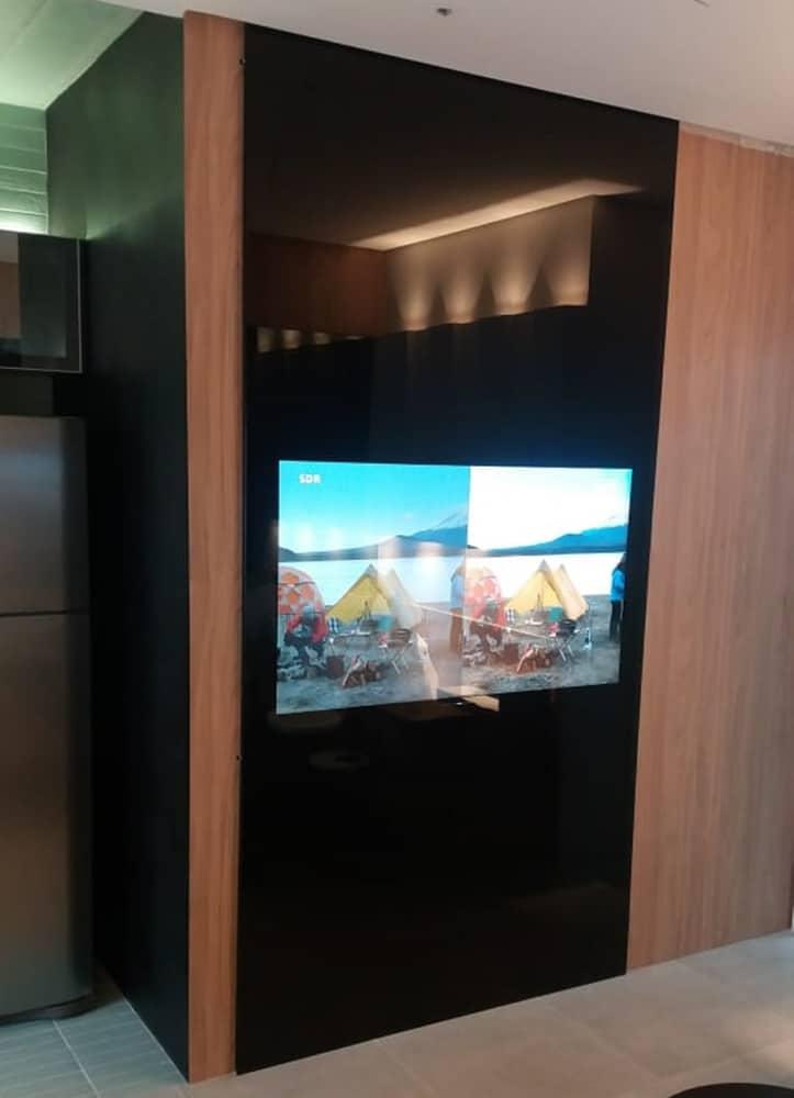 painel de vidro para tv