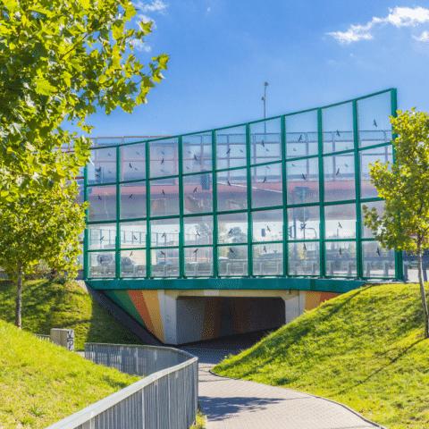 Muro de vidro contra aves