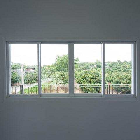 Esquadrias e vidros representem entre 10 e 20% do valor da obra
